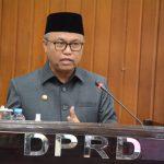 Bupati Budiman dalam menyampaikan pandangan umum hasil laporan pertanggung jawaban, diruang sidang paripurna DPRD Luwu timur, Rabu, (30/6/21).