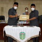Bupati Budiman bersama H. Muh. Siddiq BM, penandatanganan nota kesepahaman KUA dan PPAS